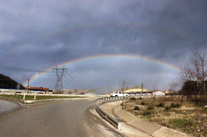 Sakarya'da Gökkuşağı Manzarası