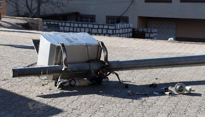 Şırnak'ta Teröristler Mobeselere Saldırdı