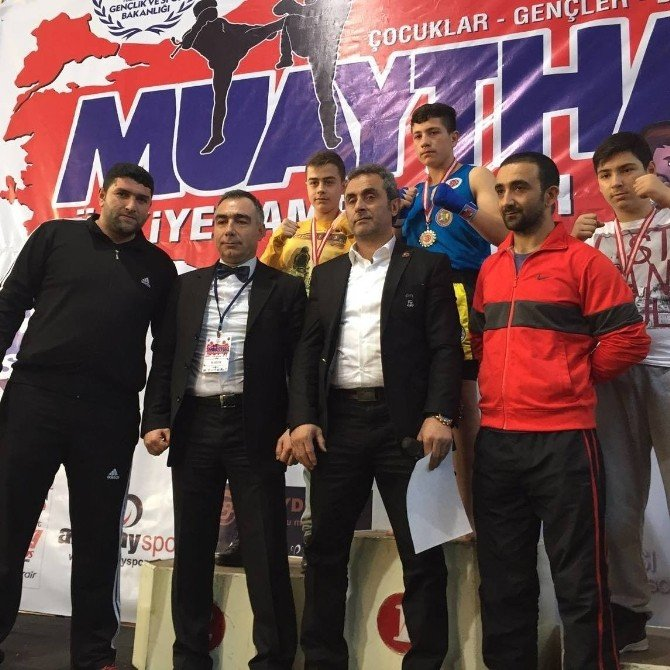 Van'ın Muaytahai Sporcuları Türkiye Şampiyonasında Göğüs Kabarttılar
