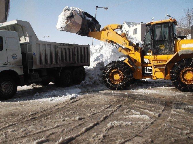 Varto'da Karla Mücadele Devam Ediyor