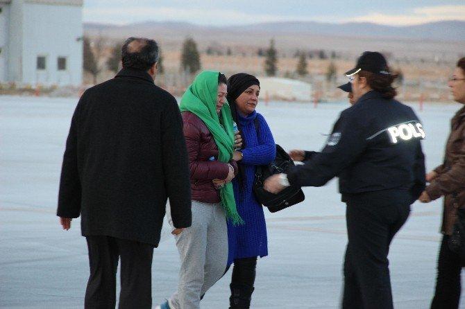 Şehit Özel Harekat Polisinin Cenazesi Konya'ya Getirildi