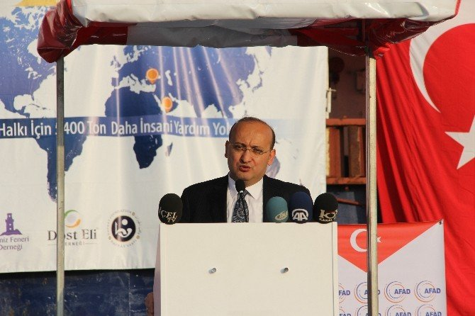 """Akdoğan: """"Büyük Güçler Vekalet Savaşları Yürütüyor, Iskalanan İnsan Oluyor"""""""