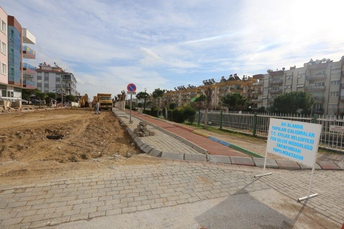Efeler Belediyesi'nden Yol Hamlesi