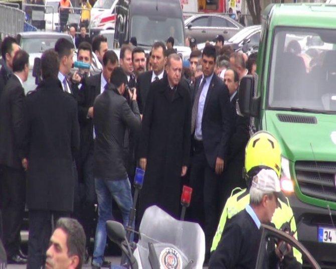 Devletin zirvesi, Gül'ün kayınpederinin cenazesinde buluştu