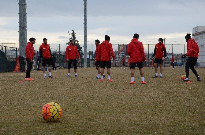 Eskişehirspor, Antalyaspor Maçına Hazırlanıyor