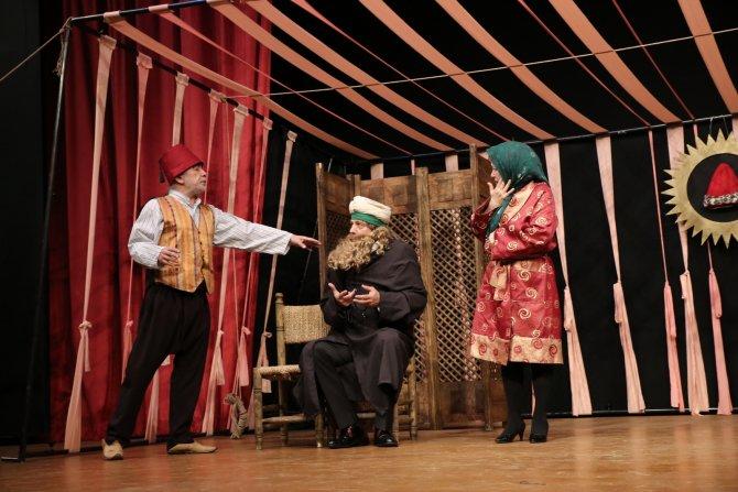 İsmail Dümbüllü 'Komik-i Meşhur' oyunuyla anıldı