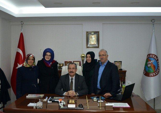 AK Parti Kadın Kollarından Başkan Necati Gürsoy'a Ziyaret