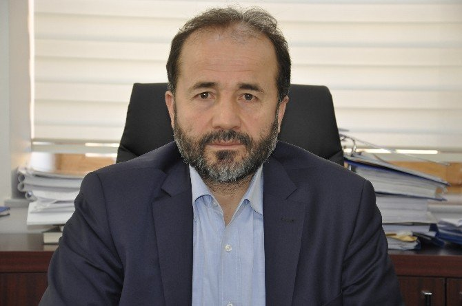 """Doç. Dr. Naim Demirel: """"Türkiye Rus Gemilerin Boğazdan Geçişini Yasaklayabilir"""""""
