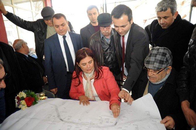 Özlem Çerçioğlu, Kuşadası'nda Süren Çalışmaları Yerinde İnceledi