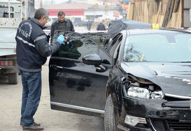 Polisten Kaçarken 5 Araca Çarptı