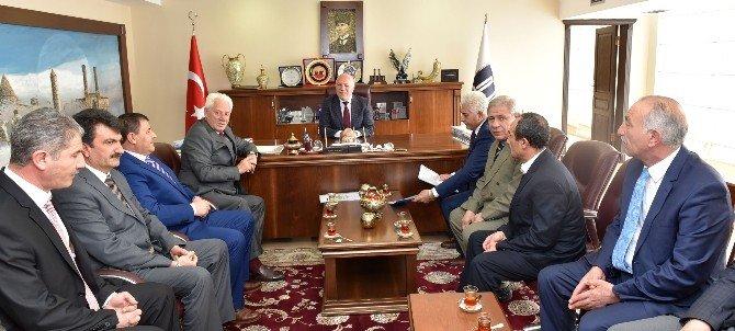 Başkan Sekmen, Eleşkirt Belediyesi'ni Ağırladı