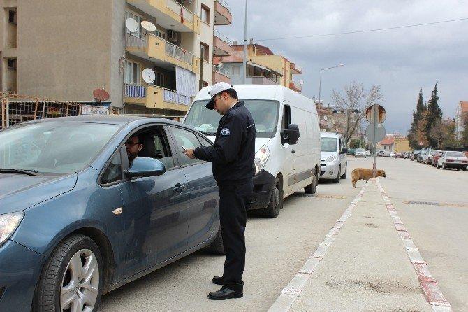 Alaşehir Trafiğine Üçlü Çözüm
