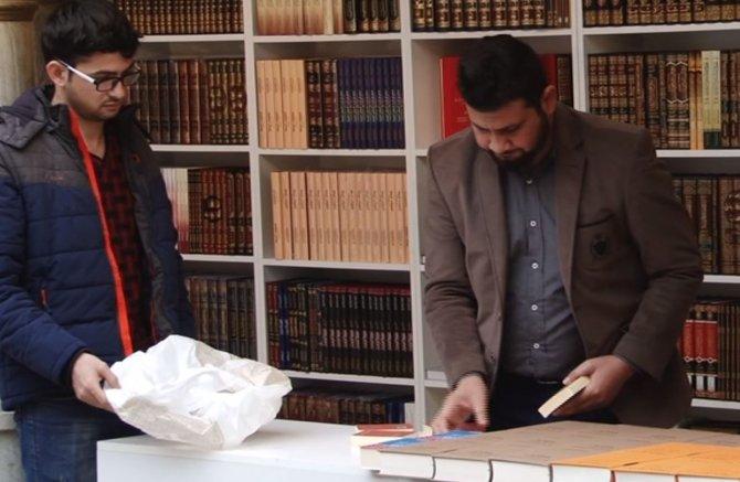 Arapça kitap fuarı ziyaretçilerini bekliyor