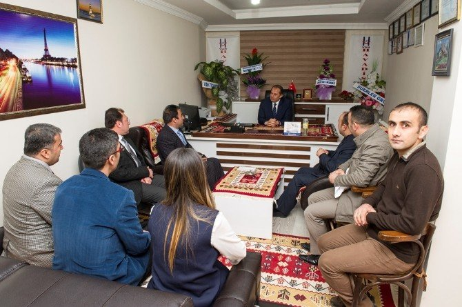 Vali İbrahim Taşyapan, Basın Meslek Örgütleri İle Haber Ajanslarını Ziyaret Etti