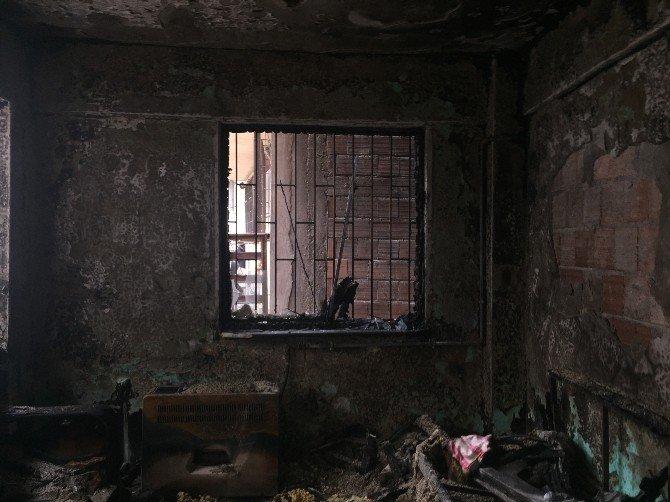Suriyeli Kardeşlere Mezar Olan Yangın Dehşeti Kamerada