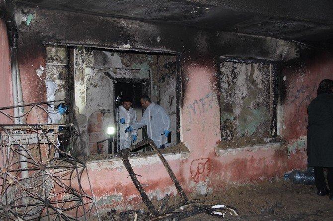 Zeytinburnu'da Yangın: 2 Çocuk Feci Şekilde Can Verdi