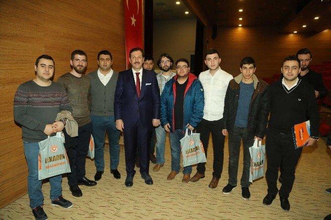 Başkan Tok, Gençlerle Buluştu