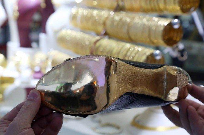23 Bin Liralık Özel Sipariş Altın Ayakkabı