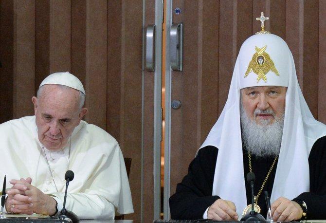 Papa ve Patrik arasında tarihi görüşme