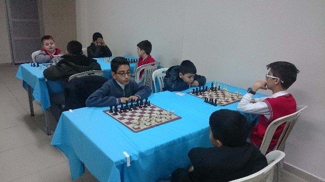Beyşehir'de Satranç Turnuvası Heyecanı