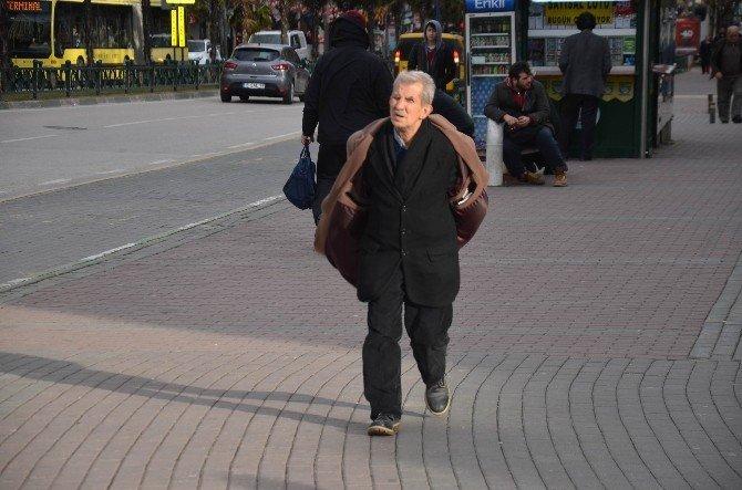 Bursa'da Lodos Yürümeyi Bile Zorlaştırıyor