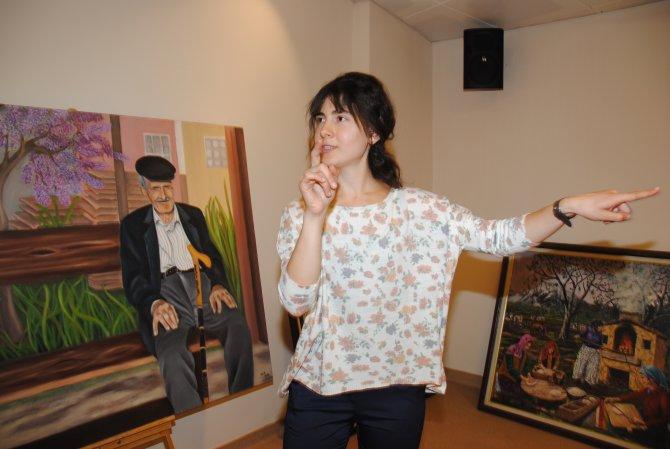 İşitme engelli resim öğretmeni, Manavgat'ın güzelliklerini tuale yansıtıyor