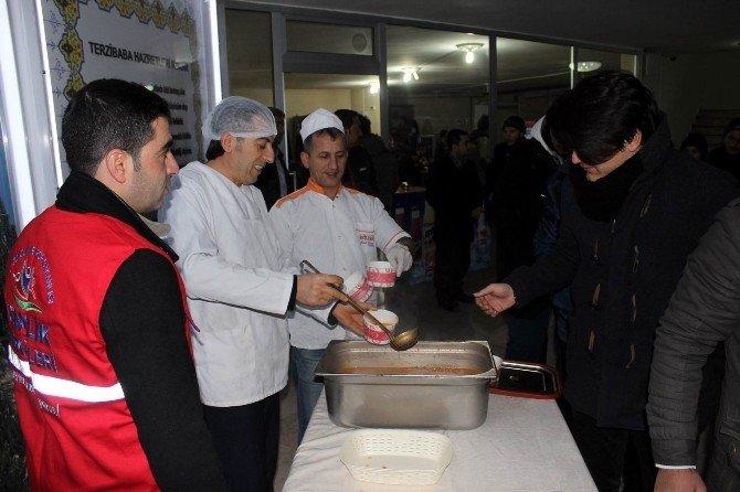 Erzincan'da Gençler Sabah Namazında Buluşuyor