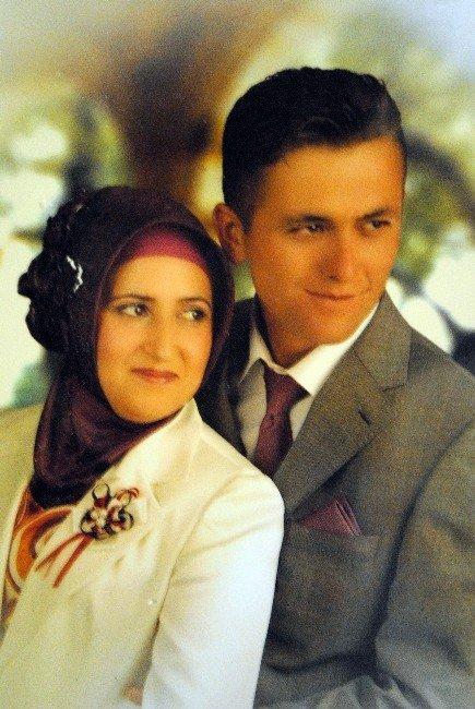 Şehit Ferhat'ının Saç Telini Bile Saklıyor