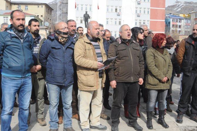 Ankara patlaması ve Cizre olayları 'insan zinciri' ile protesto edildi