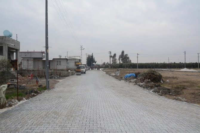 Yunus Emre Mahallesi'ne 7 bin 700 metrekare parke yol yapıldı
