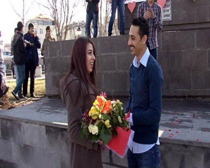 14 Şubat'ta Sürpriz Evlenme Teklifi