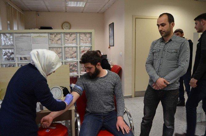 Hollanda'da Kanser Tedavisi Gören Minik Bade İçin Hemşehrileri Seferber Oldu