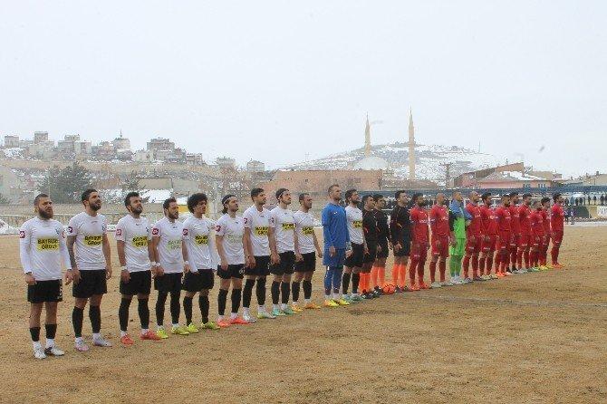 Bayburt Grup Özel İdarespor: 3 - Çanakkale Dardanelspor: 1