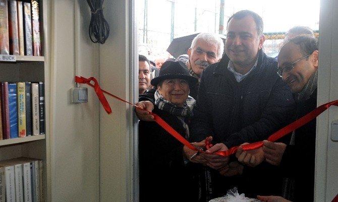 Belediye-vatandaş El Ele: Oğuz Tansel Semt Kütüphanesi Açıldı