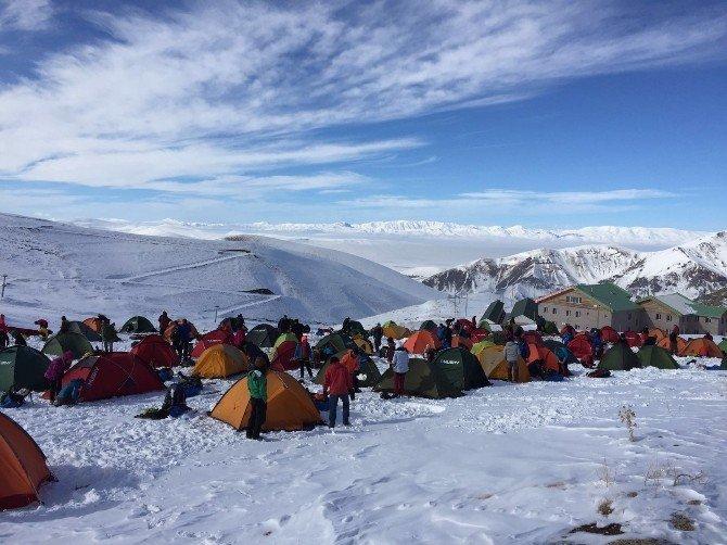 Dağcılar Konaklı'da Kamp Kurdu