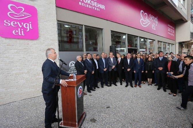 Sevgi Eli'nin Yeni Hizmet Binası Açıldı
