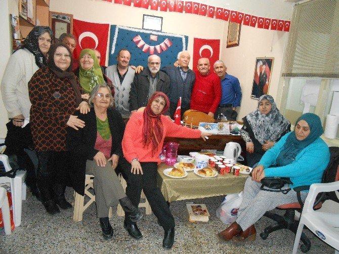 Eşyoder, Sevgililer Günü'nü Şiir Ve Türkülerle Kutladı