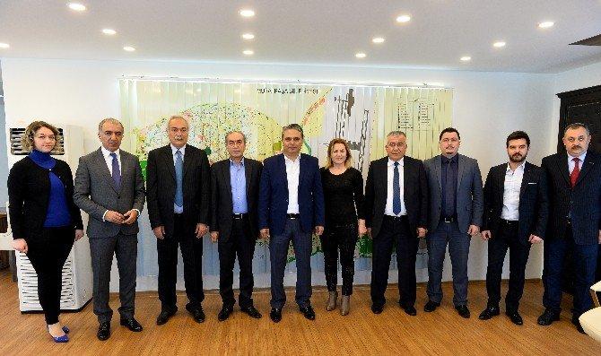 """Muratpaşa Belediyesi'nden """"Boya"""" Protokolü"""