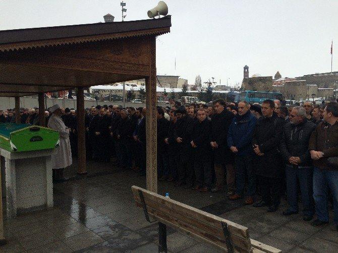 Gazeteci Refayeli'nin Kardeş Acısı