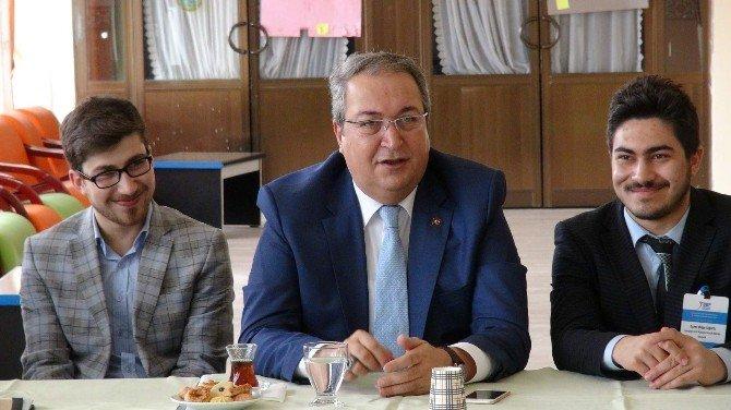 Nevşehir Belediye Başkanı Ünver, Gençlerle Buluştu