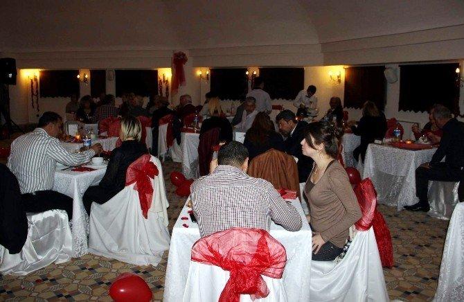 Kapadokya'da Sevgililer Günü 1 Gün Önce Kutlandı