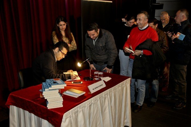 Maltepeliler 'Okuma Saati'nde Enver Aysever'le Buluştu