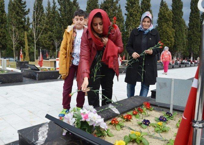 Soma'da Acı Sevgililer Günü Kutlaması