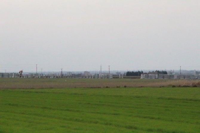 Suriye sınırına 3 metrelik beton duvar döşeniyor