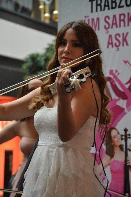 Sevgililer Günü'nde Forum Trabzon'da Sevgililere Romantik Süprizler
