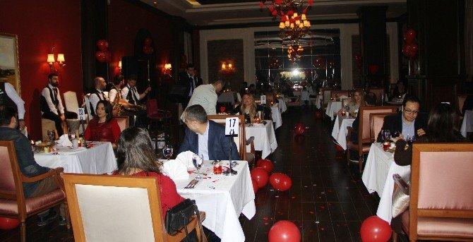 Elite World Van Otel'de Sevgililer Günü Kutlaması