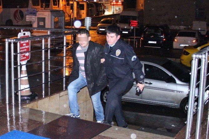 Taksiciye Bıçaklı Saldırı Girişimi