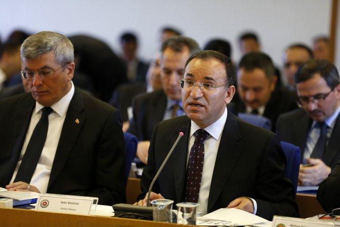 Adalet Bakanı: Cezaevlerinde bulunan kişi sayısı 182 bin 539
