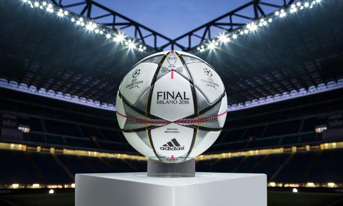 Şampiyonlar Ligi final maçlarının resmi topu görücüye çıkıyor