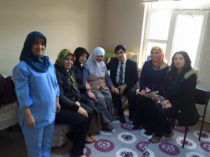 AK Parti'den Yaşlılara Ve Engellilere 14 Şubat Sürprizi
